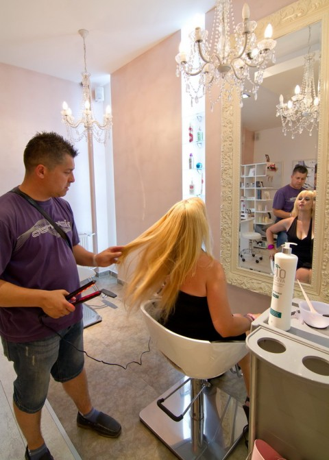 Frizersko kozmetički salon Womanizer