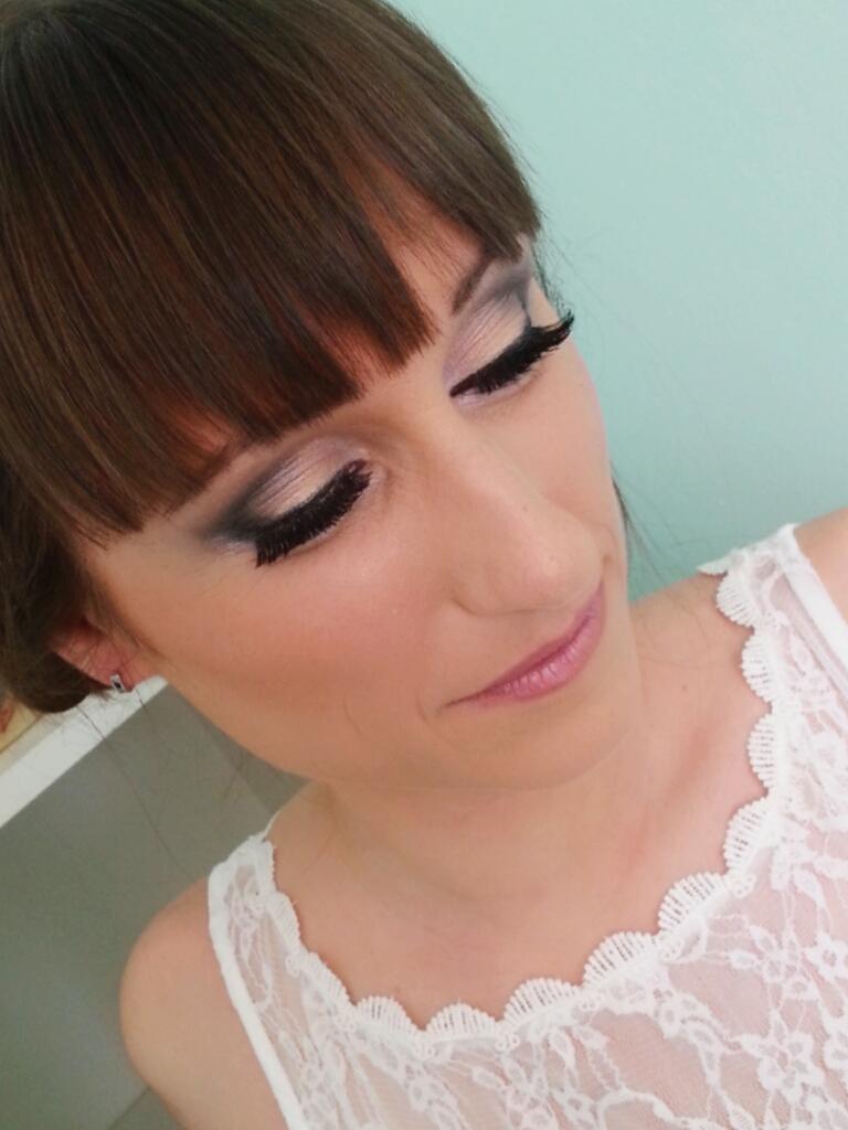 Profesionalno šminkanje Jovana Simić