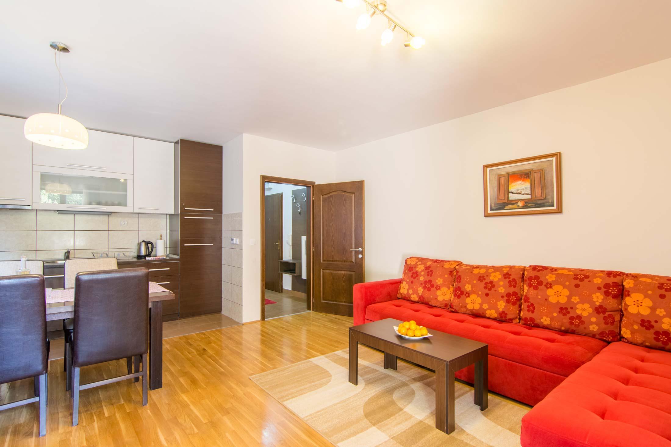 Apartmani Kaća