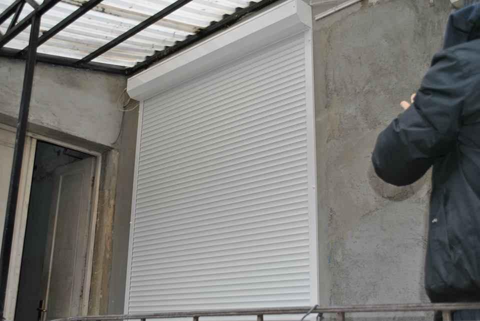 Venecijaneri, zavese, roletne Rolo 011