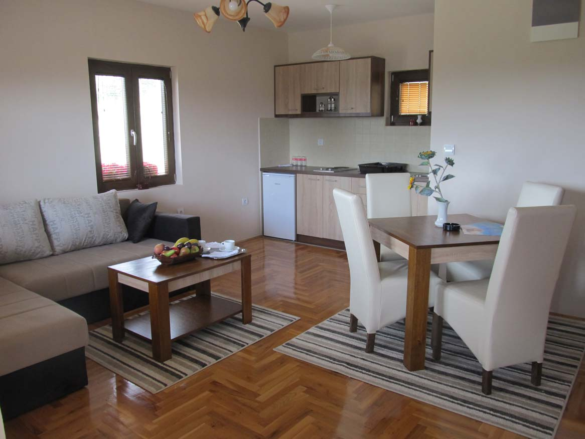 Apartmani Monix Village