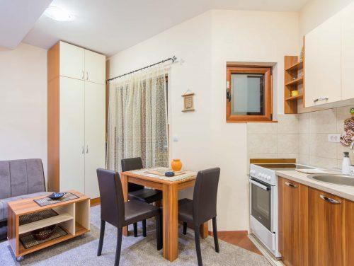 Apartman Ras