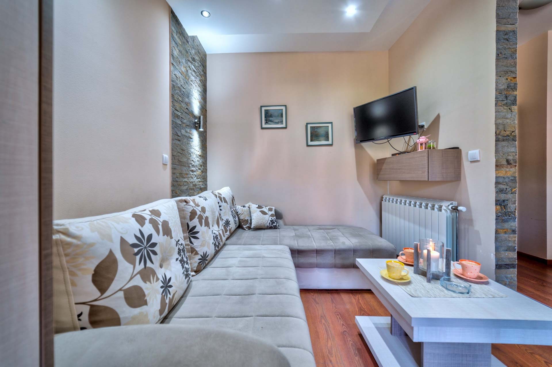 Apartman Aura