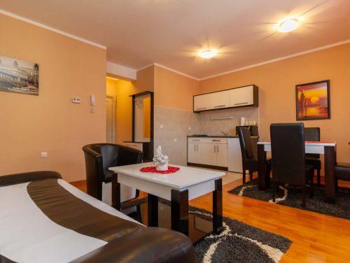 Apartman Central 28
